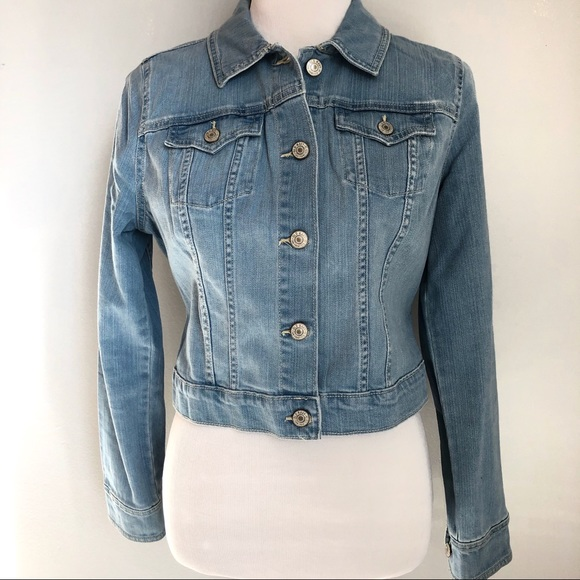 Old Navy Jackets & Blazers - Old Navy Shrunken Light Denim Jean Jacket, Sz. M